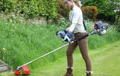 Какой триммер для травы выбрать для женщин