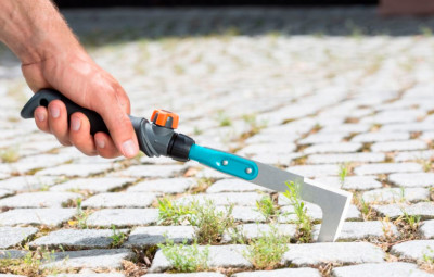 Щелевой очиститель: аккуратные дорожки на даче без хлопот