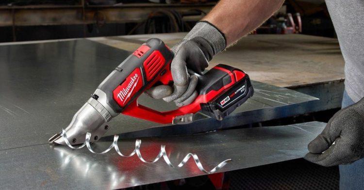 Из какой стали сделаны ножницы по металлу