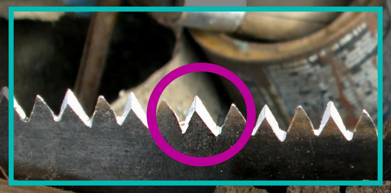 Как наточить ножовку в домашних условиях Зачем нужно ее точить Как правильно заточить ручную модель по дереву напильником своими руками