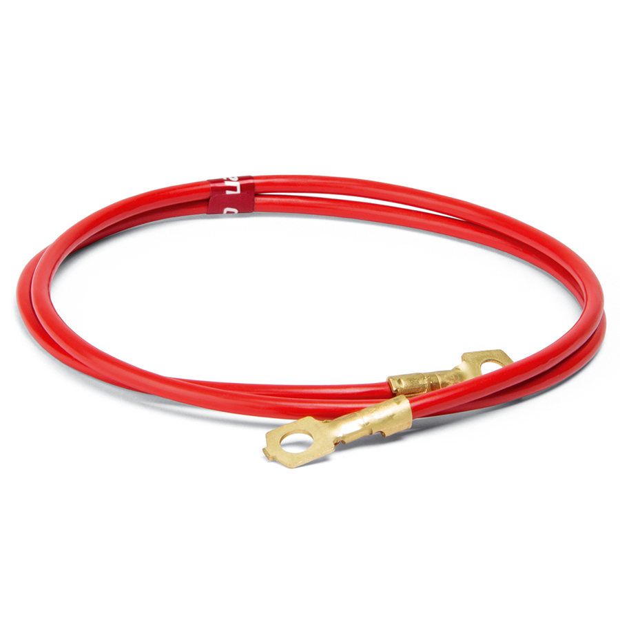 соединительный кабель;